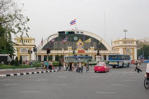 Bkk-Hualamphong-newlypainted-0802-1
