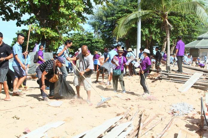 Siivotaan, siivotaan. Pattayalla aletaan olla valmiita tulevaan turistikauteen.