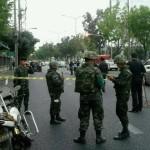 Krisanan pidätys aiheutti tiukkoja turvatoimia Bangkokissa. Turvaa takaamassa olivat niin poliisin kuin armeijankin joukot.