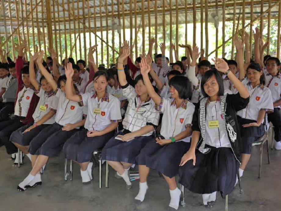 Thaimaa Epailee Kavalluksia Kouluruokailurahoista Thaimaan
